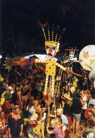 Womad:Rivermead:Parade Puppet