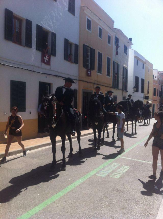 Cavalli per le vie di Ciutadella