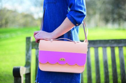 cloud-bag-with-top-handle-peony-peach_pink-1200x800