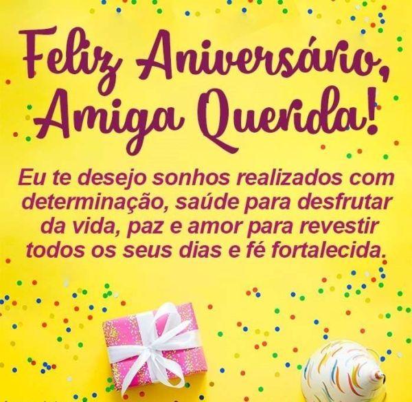Amiga querida, desejo um feliz aniversário