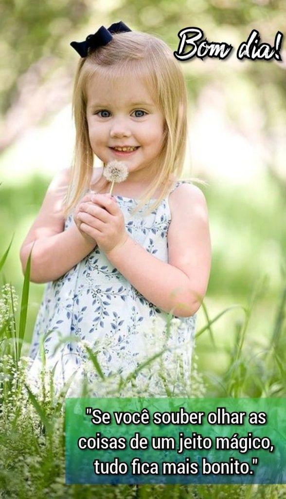 Bom dia e que o bom cheiro das flores perfume sua vida.