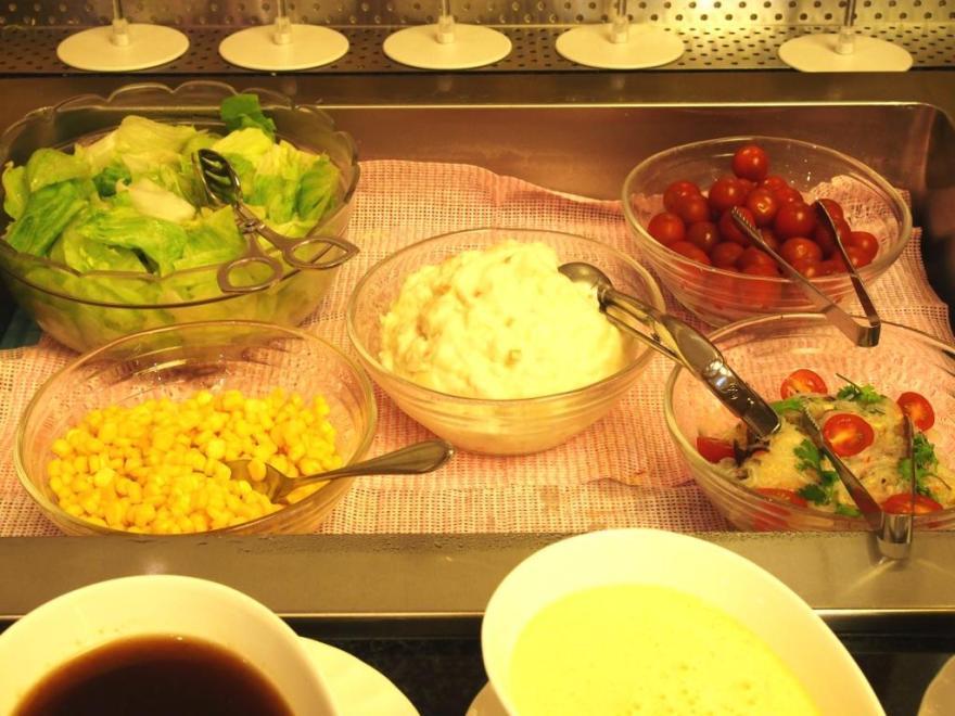 アラモアナガーデン サラダ2