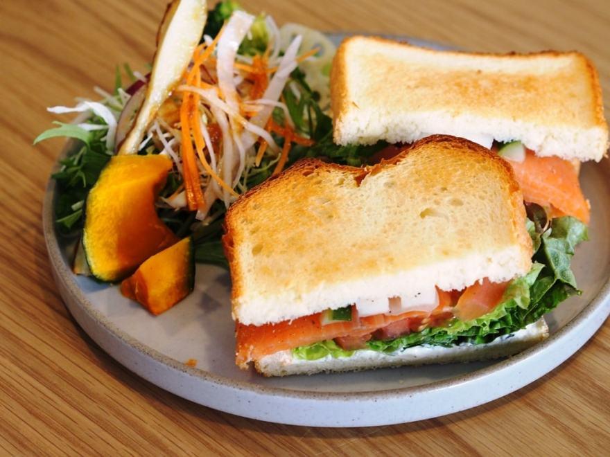 QINOCO サンドイッチ