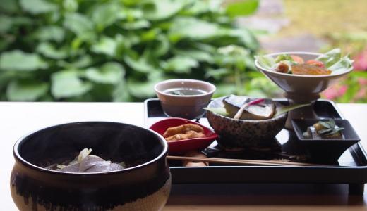矢掛町「お食事処邑楽里(ゆらり)」グルテンフリーの玄米麺ランチ!心が和むお庭が大好きです