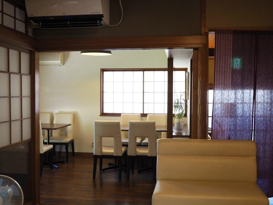 倉敷老松三丁目cafe庭 店内