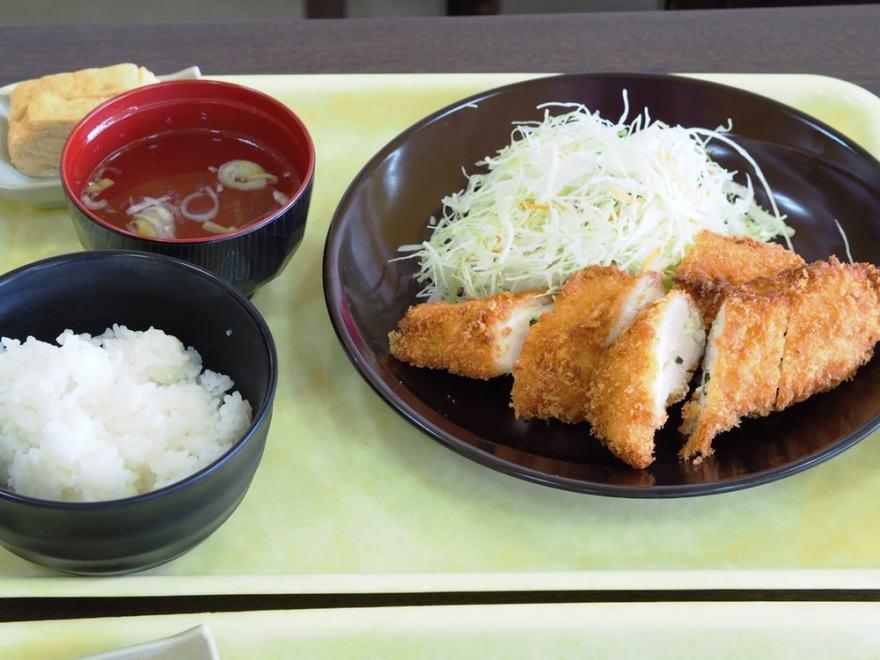 タマコッコ食堂 チーズチキンカツ