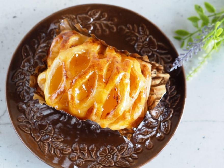 リヨン洋菓子店 アップルパイ