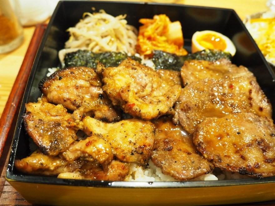 焼肉食堂ブリスケ チキン・牛タン定食