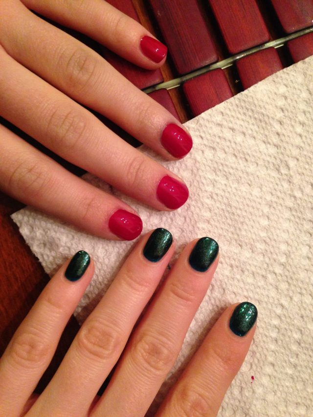 "Christmas Manis! Red for my sis, a green glitter for me: Sinful Colors 1102 ""KISSY"""