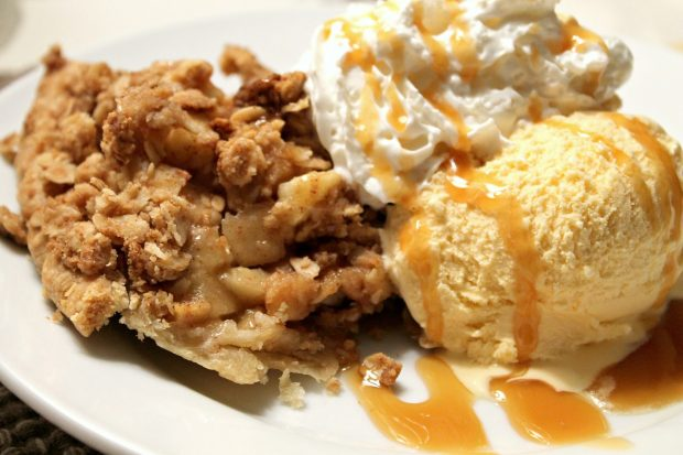 Apple crisp pie plated