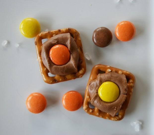 salted caramel peanut butter pretzels