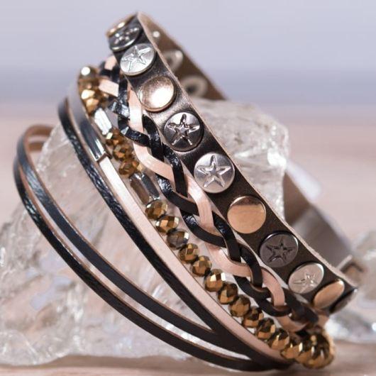 Leather Wrap Bracelet - Black/Ivory Star Stud