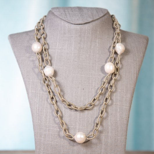 Wrapped Chain Baroque Pearl Necklace - Natural White