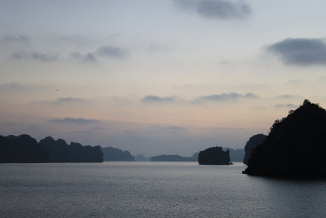 amandacook.me How to reduce stress - without changing your life! Ha Long Bay, Vietnam