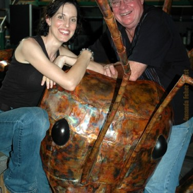 amanda_feher_sculpture_public_art_copper_meat_ant_photo_with_honourable_warren_entsch1.jpg
