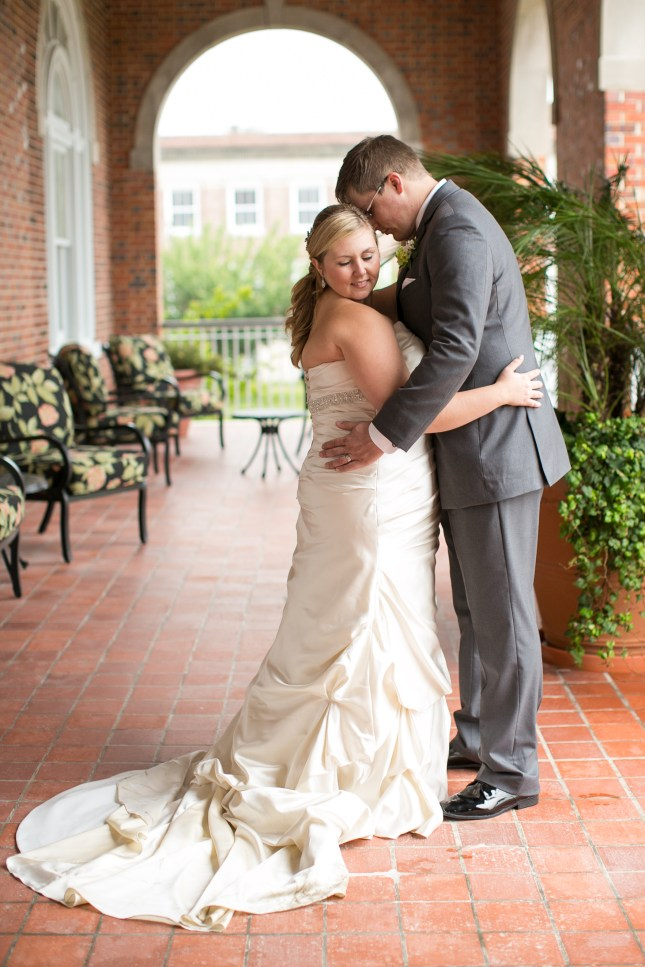 beth-evan-chamberlain-hotel-purple-wedding-433