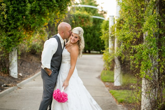 kirstyn-andy-signature-west-neck-pink-wedding-589