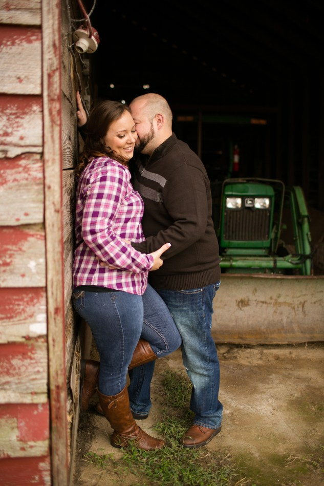 smithfield-southern-rustic-engagements-25