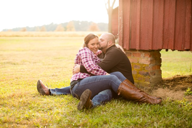smithfield-southern-rustic-engagements-35