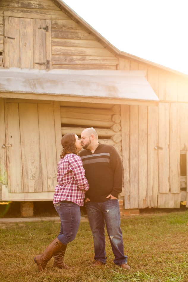 smithfield-southern-rustic-engagements-47