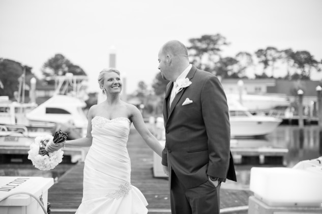 pink-aqua-virginia-beach-yacht-club-marina-shores-wedding-photographer-619