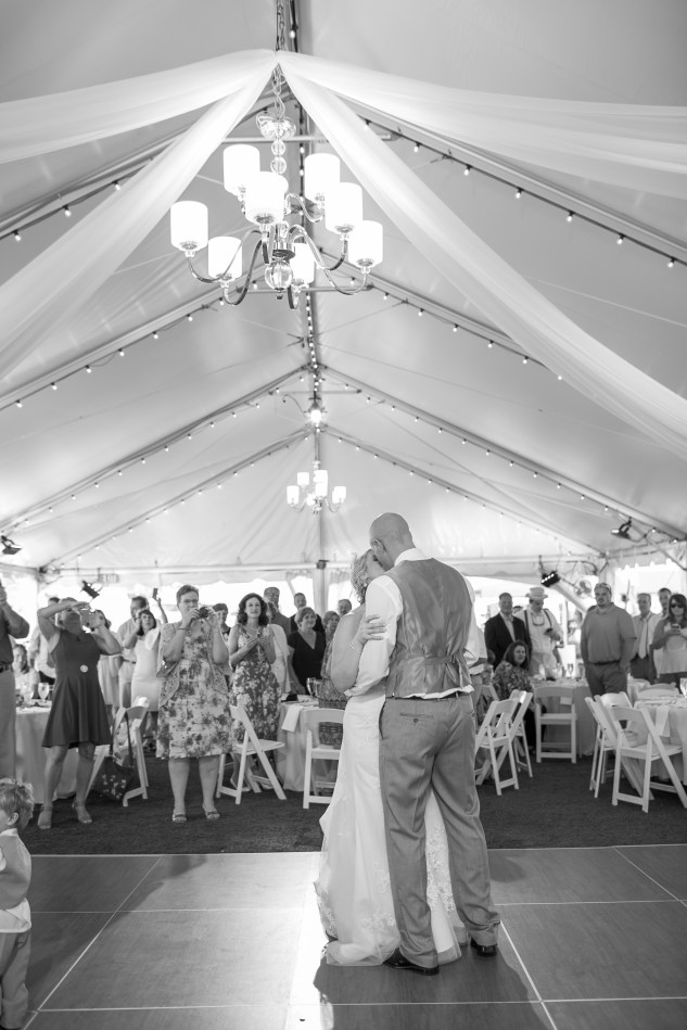 cavalier-golf-yacht-club-wedding-photo-amanda-hedgepeth-101