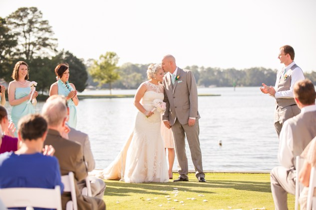 cavalier-golf-yacht-club-wedding-photo-amanda-hedgepeth-81