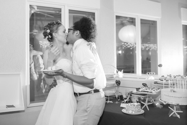 yellow-red-coastal-lesner-inn-wedding-virginia-beach-142