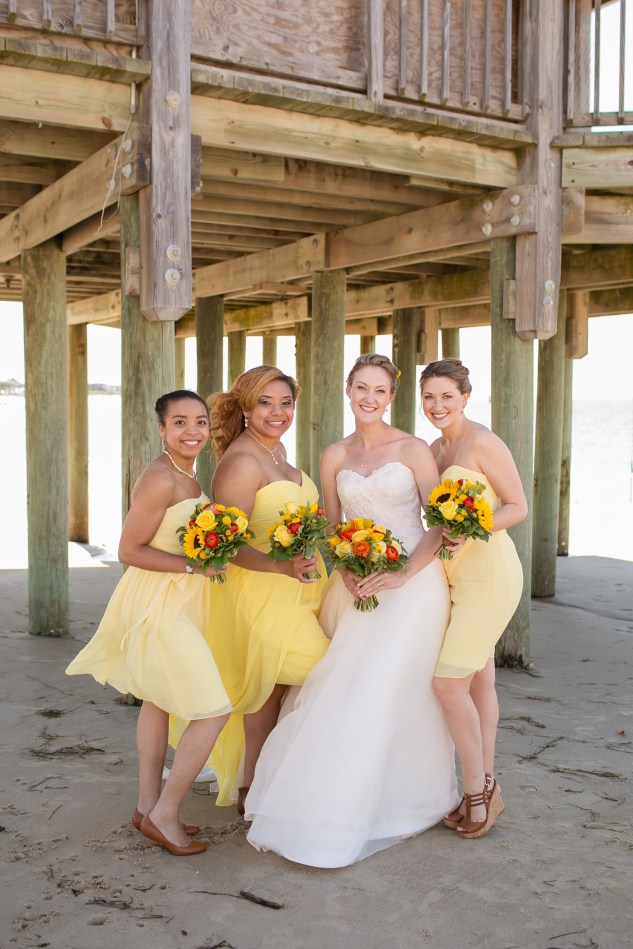 yellow-red-coastal-lesner-inn-wedding-virginia-beach-53