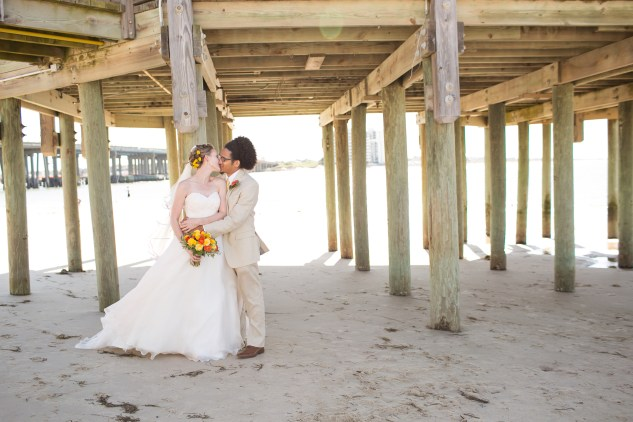 yellow-red-coastal-lesner-inn-wedding-virginia-beach-74