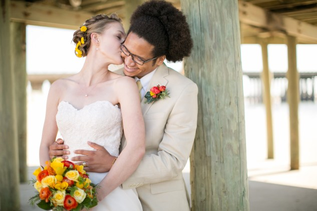 yellow-red-coastal-lesner-inn-wedding-virginia-beach-86