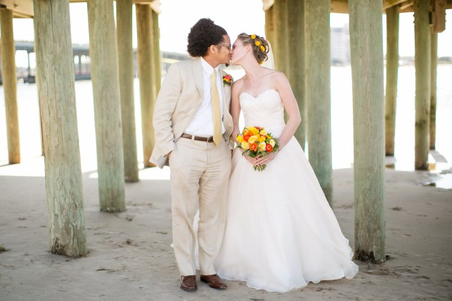 yellow-red-coastal-lesner-inn-wedding-virginia-beach-94