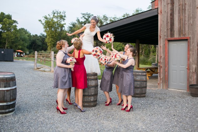 winery-bull-run-wedding-red-grey-photo-106
