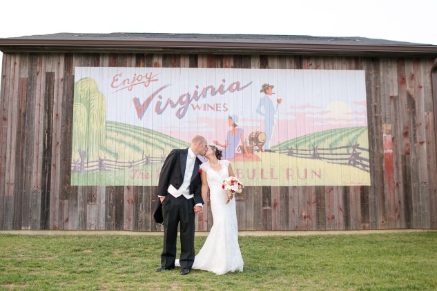 winery-bull-run-wedding-red-grey-photo-121