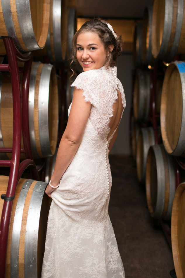 winery-bull-run-wedding-red-grey-photo-61
