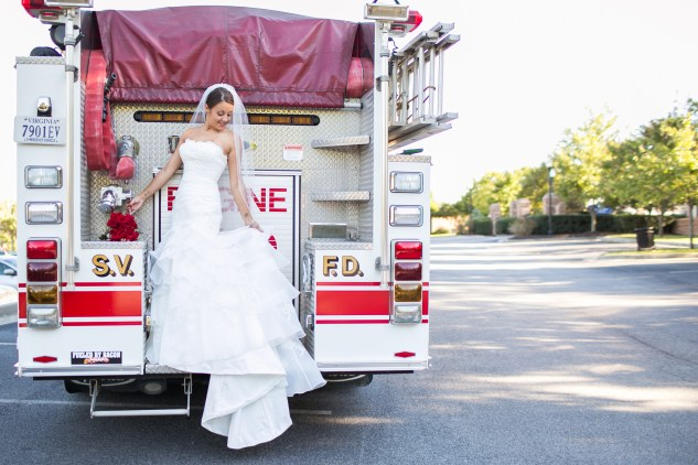 virginia-fall-firefighter-wedding-photo-56