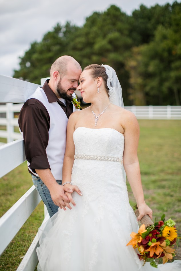 virginia-southern-fall-farm-wedding-photo-103