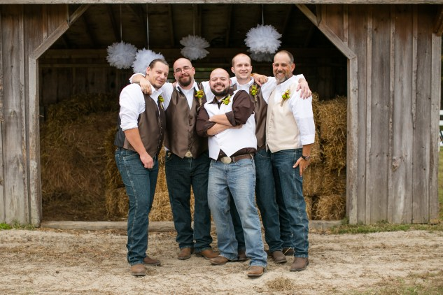 virginia-southern-fall-farm-wedding-photo-85