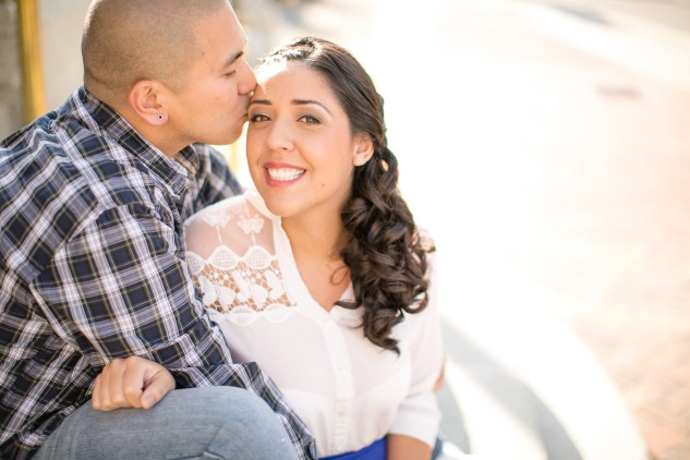 norfolk-engagement-photo-waterside-amanda-hedgepeth-3