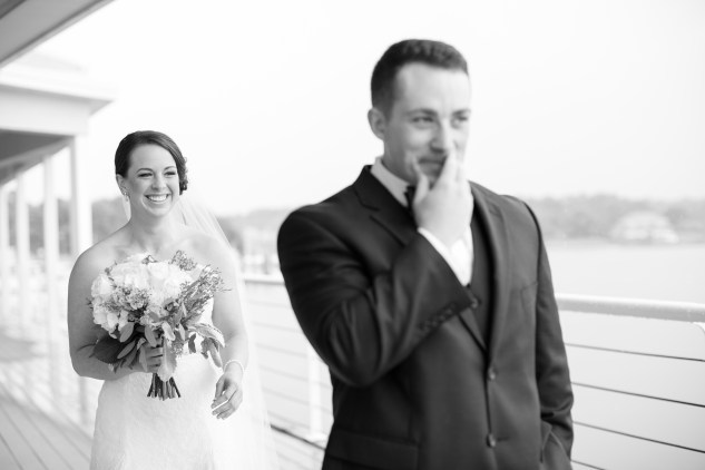 blue-coastal-virginia-beach-lesner-inn-wedding-photo-29