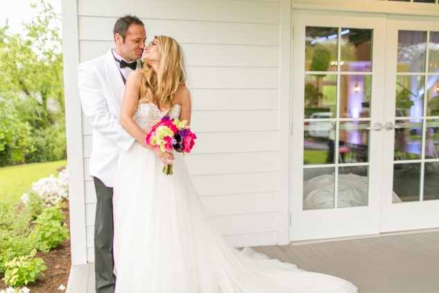gold-pink-purple-womans-club-portsmouth-wedding-obx-wedding-photographer-57
