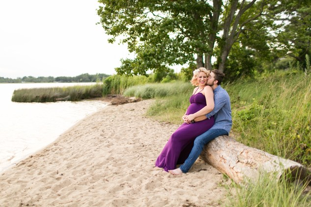 outer-banks-maternity-session-amanda-hedgepeth-photo-10