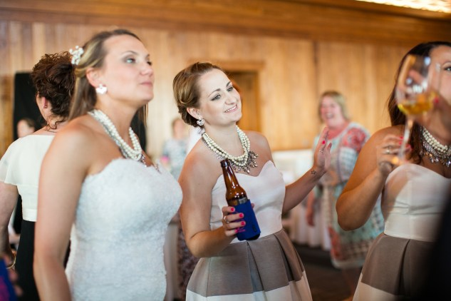 jennettes-pier-nags-head-obx-outer-banks-wedding-photo-amanda-hedgepeth-135