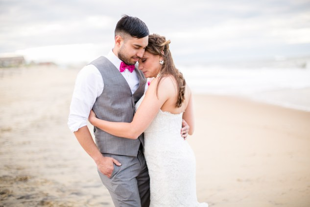 jennettes-pier-nags-head-obx-outer-banks-wedding-photo-amanda-hedgepeth-147