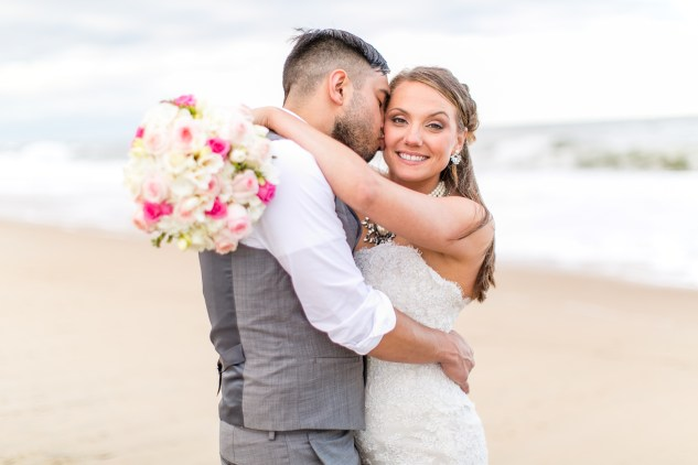 jennettes-pier-nags-head-obx-outer-banks-wedding-photo-amanda-hedgepeth-149