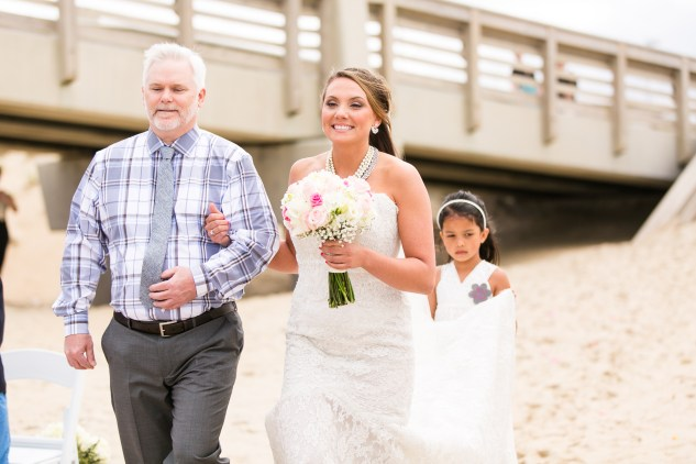 jennettes-pier-nags-head-obx-outer-banks-wedding-photo-amanda-hedgepeth-53