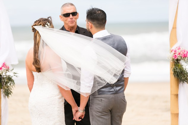 jennettes-pier-nags-head-obx-outer-banks-wedding-photo-amanda-hedgepeth-67