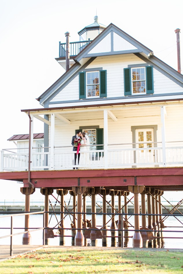 carly-charlie-wedding-blog-edenton-north-carolina-inner-banks-inn-57