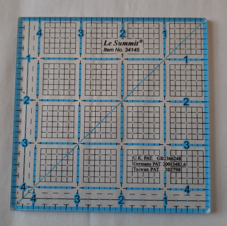 Quilters' ruler by Le Summit