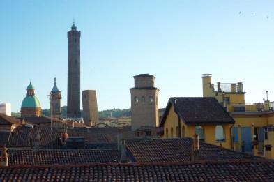 The Two Towers - Prendiparte & Azzoguidi